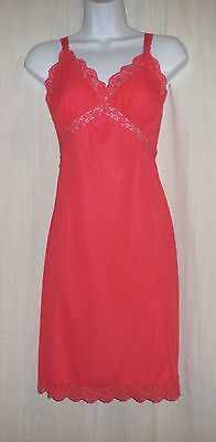 Vtg Stunning Bright Coral pleated chiffon with lace Full Slip Gown Negligee  M