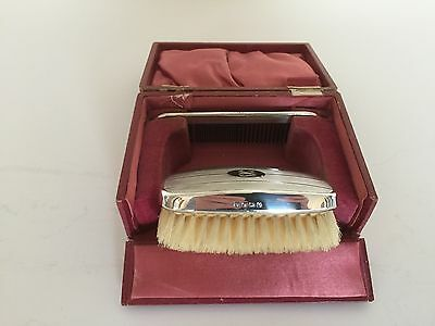 Nice Cased Solid Silver Brush And Comb Set (Birmingham 1927)