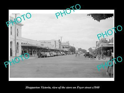 OLD LARGE HISTORIC PHOTO OF SHEPPARTON VICTORIA, VIEW OF STORES ON FRYER St 1940