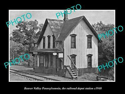 OLD LARGE HISTORIC PHOTO OF BEAVER VALLEY PENNSYLVANIA RAILROAD STATION c1940