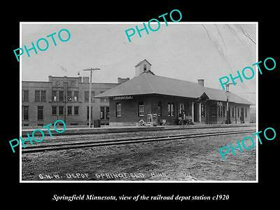 OLD LARGE HISTORIC PHOTO OF SPRINGFIELD MINNESOTA, RAILROAD DEPOT STATION c1920