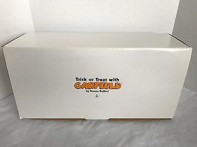 Trick or Treat with Garfield Doll - 1996 Danbury Mint