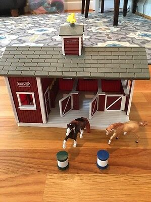 BREYER Stablemates Red Stable Play Set with 2 Horses, Barn & Accessories