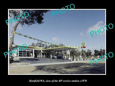 OLD LARGE HISTORIC PHOTO OF HARTFIELD WA, THE BP OIL SERVICE STATION c1970