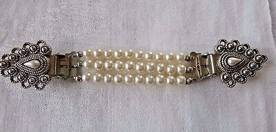 Decorative Vintage Sweater Guard Clip Faux Pearls