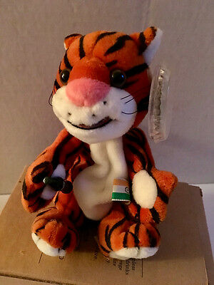 Coca Cola Plush International Beanie Collection 1999 MWMT Curry the Tiger India