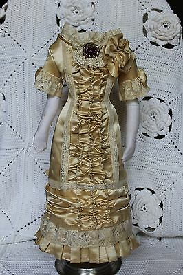 """Beautiful dress  for antique French fashion doll  18''.(1880""""s)"""