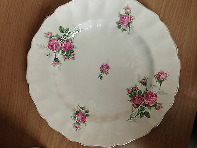 Lot Of 3 Johnson Bros Old Chelsea Dinner Plate -- Made In England
