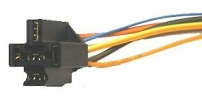 Socket for relay with wires and diode
