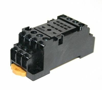 Socket for relay PYF14A-E DIN mounting Omron