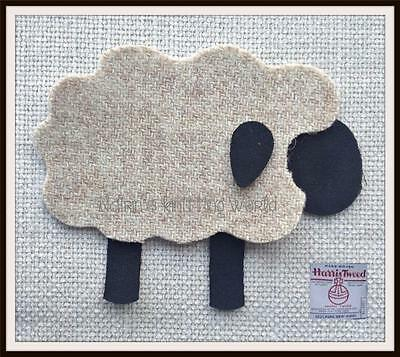 Applique - Patch - Highland - Sheep - Beige - Harris Tweed - Iron Sew On - SP1