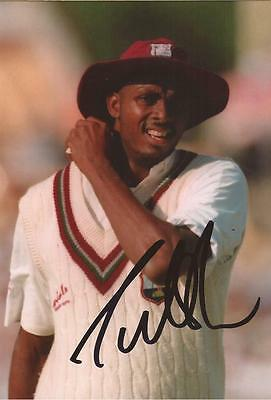 WEST INDIES: COURTNEY WALSH SIGNED 6x4 TEST ACTION PHOTO+COA *LEGEND* **PROOF**