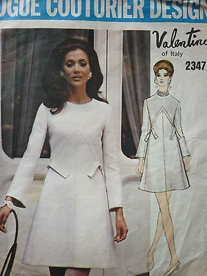 Vintage 1970's Vogue Couturier Valentino Dress Sewing Dressmaking Pattern With L