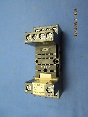 SE Schrack Relay Socket YZG 78110 9842 *New*