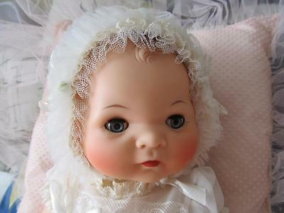 """AMERICAN CHARACTER """"LITTLE LOVE"""" in ORIGINAL CHRISTENING GOWN+BOX! Perfect!"""