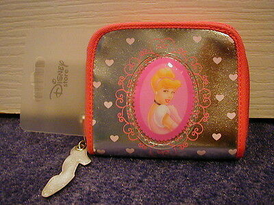 Disney Store Cinderella Silver Glass Slipper Purse Stunning BRAND NEW! VERY RARE