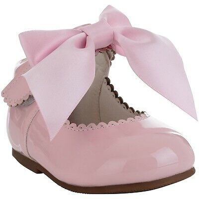 Stunning Patent Pink Romany Spanish Style Bow Walking Shoes by Tia London