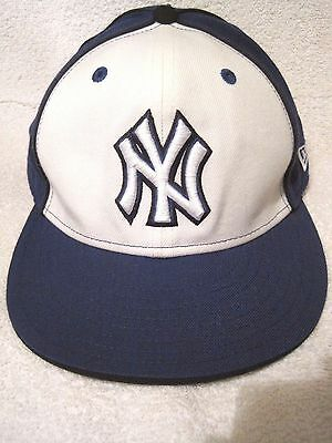 New Era 59Fifty New York Yankees on field baseball hat Authentic fitted 7 1/8""