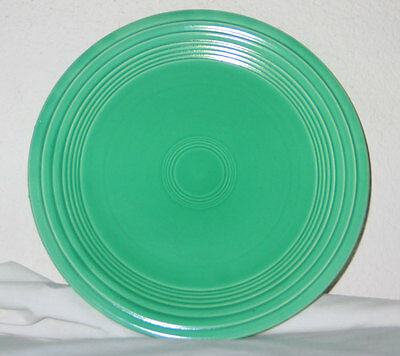 """Vintage Fiesta Homer Laughlin 9-1/2"""" Green Dinner Plate - Early Production"""