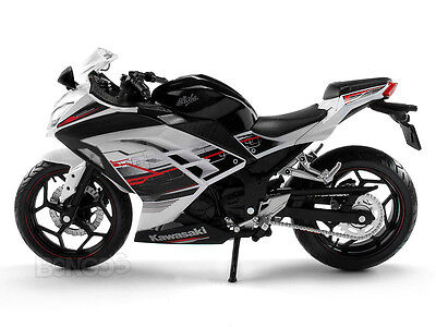"Kawasaki NINJA 300 ""Special Edition"" 1:12 Scale Diecast Model (WHITE)"