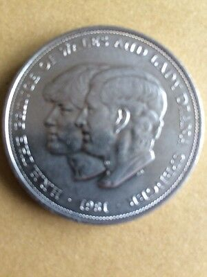 1981 Prince of Wales and Lady Diana Silver Coin