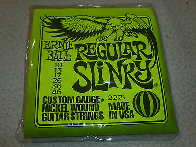 New Ernie Ball Regular Slinky Custom Gauge 2221 Guitar Strings Set 10 13 17 26 >