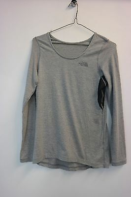 THE NORTH FACE Women's Long Sleeve Crew Base Layer, Size S