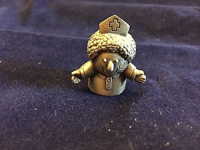 Nurse Pewter Thimble Arms Outstretched Vintage 1984