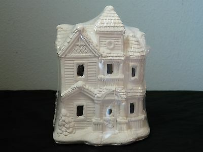 Creative Crafts California Creations SE170 Lady Kathreen House Unpainted Village