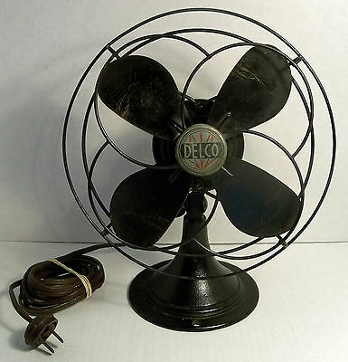"VTG ART DECO CLASSIC CAST IRON 11"" DELCO INDUSTRIAL TABLE / DESK FAN # 1430 30's"