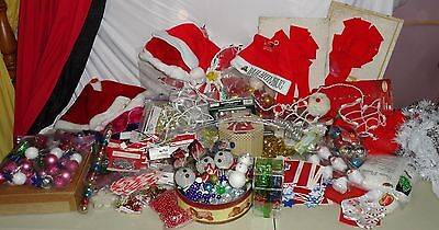 Huge MIXED Lot indoor / outdoor Lighted & Unlited Christmas Decorations Decor Sa