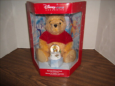 POOH BEAR Plush and Bonus Snow Globe 2002 Disney Store Exclusive Special Edition