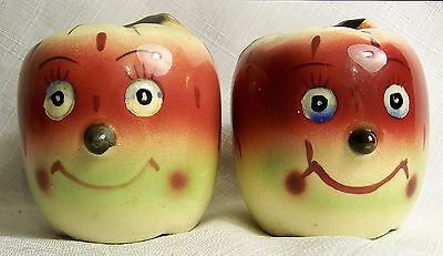 VINTAGE ANTHROPOMORPHIC PY LIKE SMILEY APPLE FACE SALT & PEPPER SHAKERS 50s EXC