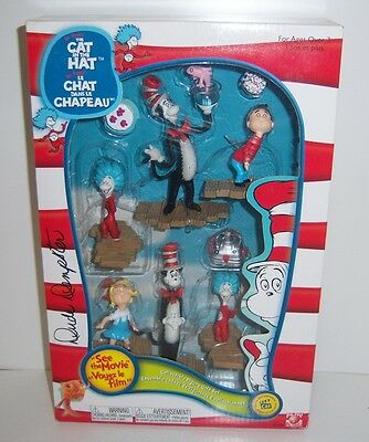 Dr. Seuss The Cat In The Hat Collectible Figure set - New In Box 2003 Play Along
