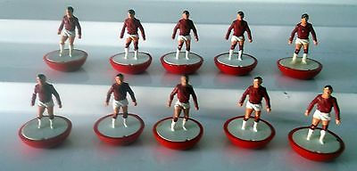 Red Moulded Subbuteo Team