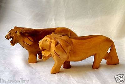 2 Wood Lion Figurines Africa Kenya Vintage Carved Wooden Lot