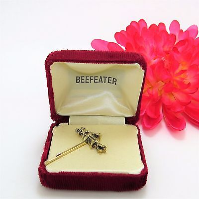 Vintage - Beefeater Gin Jewelry Gold Tone Tie Bar In Box Rare
