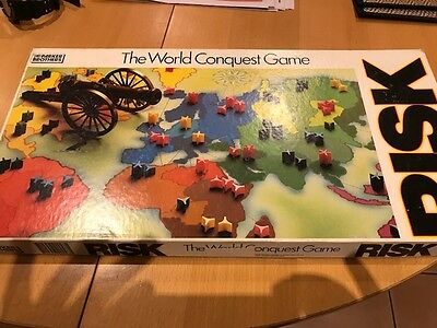 Risk - The World Conquest Game 1985 Complete Parker Family Games