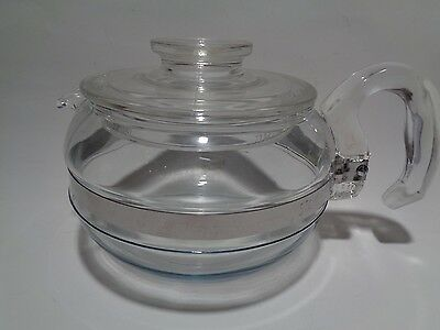 Pyrex Glass 6 Cup Teapot