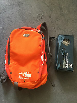 BCA Float 22 - Avalanche backpack with gas cannister