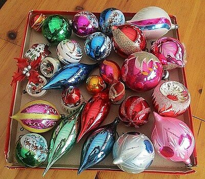 26  Assorted Vintage Glass Christmas Tree Baubles Including Large Ones