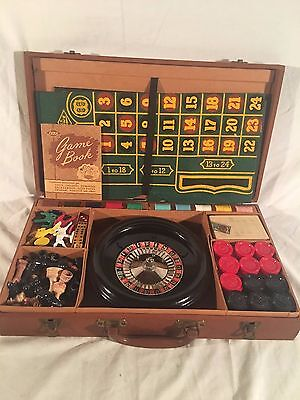 Vtg c1940s WWII Lowe Travel Case Games Roulette Chess Checkers Bakelite