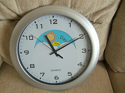 QUARTZ DAY NIGHT CLOCK FOR ORIENTATION with ALZHEIMERS DEMENTIA