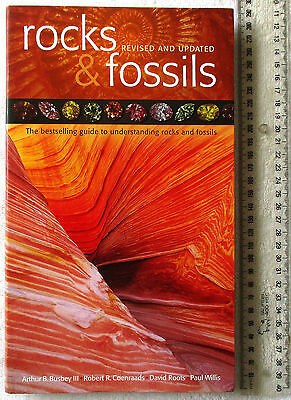 ROCKS & FOSSILS Australian Geographic [Busbey/Coenraads/Roots/Willis] 2011 rev'd