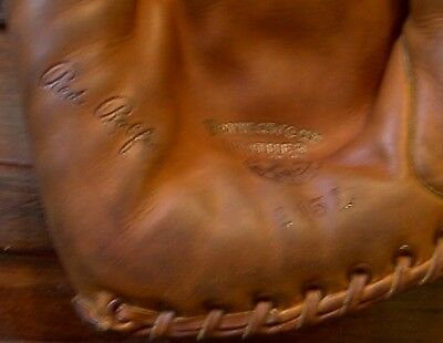 Vintage REACH RED ROLFE  245L Baseball Glove