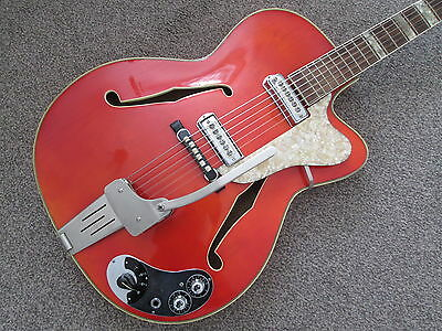 Klira Lady - vintage sixties semi acoustic guitar - made in Germany - very rare.