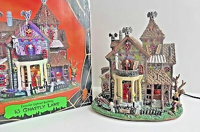 Spooky Town 13 Ghastly Lane Lighted Musical Building Lemax 05003