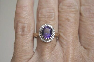 Fine Vintage  9 Carat Gold Oval1.00 Ct Amethyst & Diamond Cluster Ring O (3.7G)