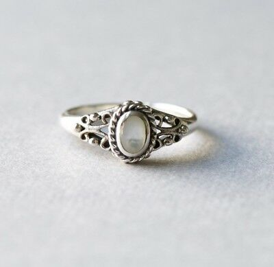 Vintage Style Art Deco 925 Sterling Silver Solitaire Ring with Mother of Pearl