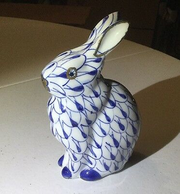"Andrea By Sadek 5.5""h Vintage Bunny Rabbit Blue And White Porcelain Hand Painted"